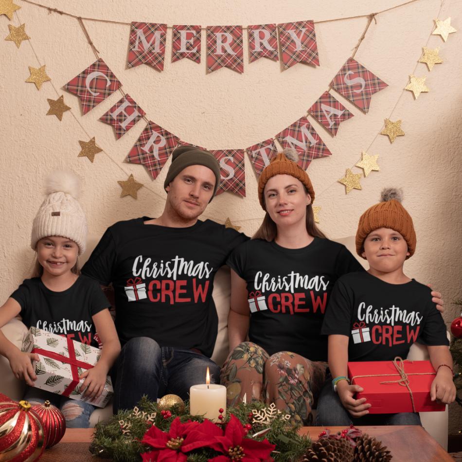 Vánoční rodinná sada černých triček Christmas Present