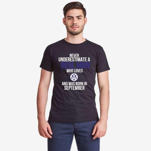 Černé pánské tričko Never Underestimate a Real Man VW